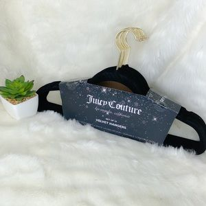 Juicy Couture Set of 12 Velvet Hangers NWT